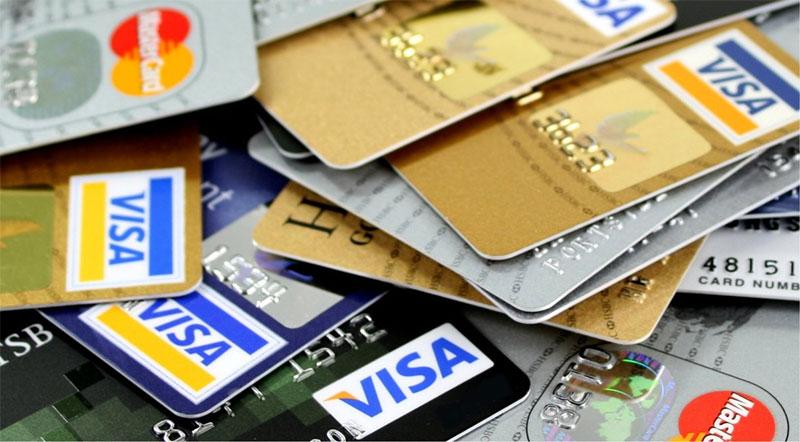 รู้ไว้ปลอดภัยที่สุด ข้อควรระวังเมื่อใช้บัตรเครดิต