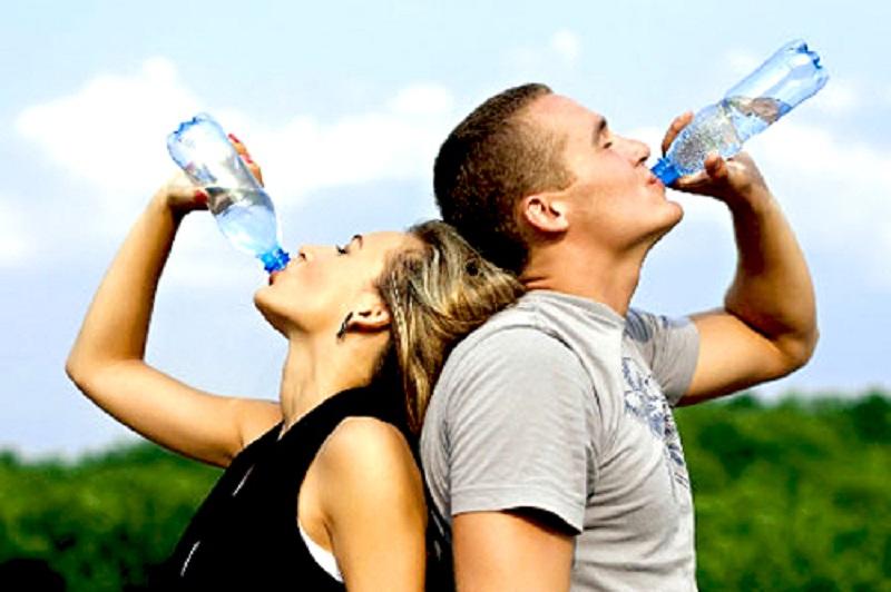 เชื่อหรือไม่ ดื่มน้ำสะอาดวันละ 8 แก้ว ช่วยให้อายุยืนได้